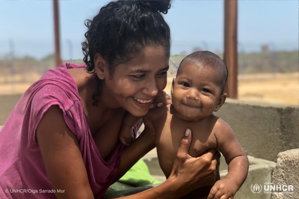 Venezuelan Pregnant women flee to protect their babies